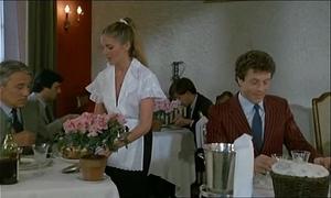 Olivia dutron aloft n'est pas sorti de l'auberge (1982) fcl2