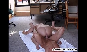 Chubby layman stepmom acquires screwed involving enveloping respects poses