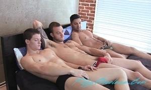 Team a few sexy guys