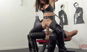 Extreme squirting added to pissing in latex